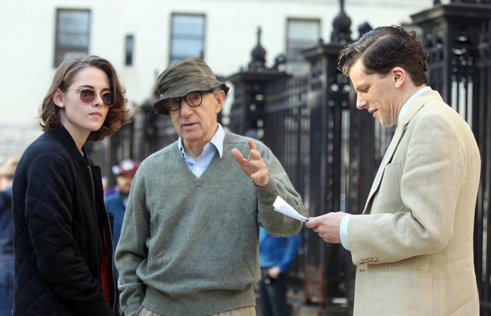 Woody instruerer Kristen Stewart og Jessie Eisenberg i Café Society